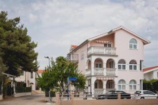 Villa Crnov