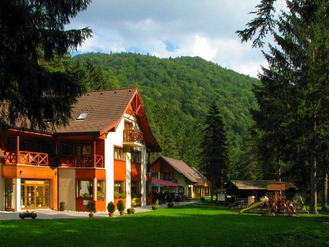 Škola v prírode - Chatová osada Gaderská dolina