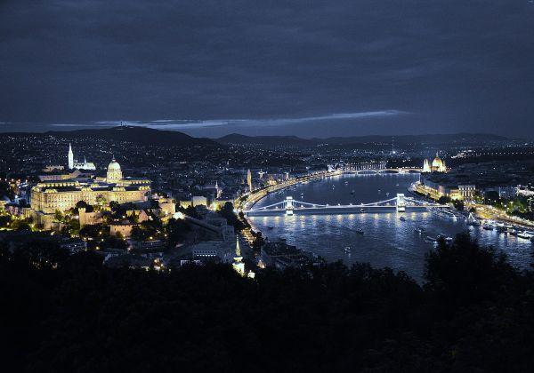 f9c259ef2 Advent v Budapešti - 2 dňový zájazd, tropicarium, kúpele, pamiatky, vianočné  trhy