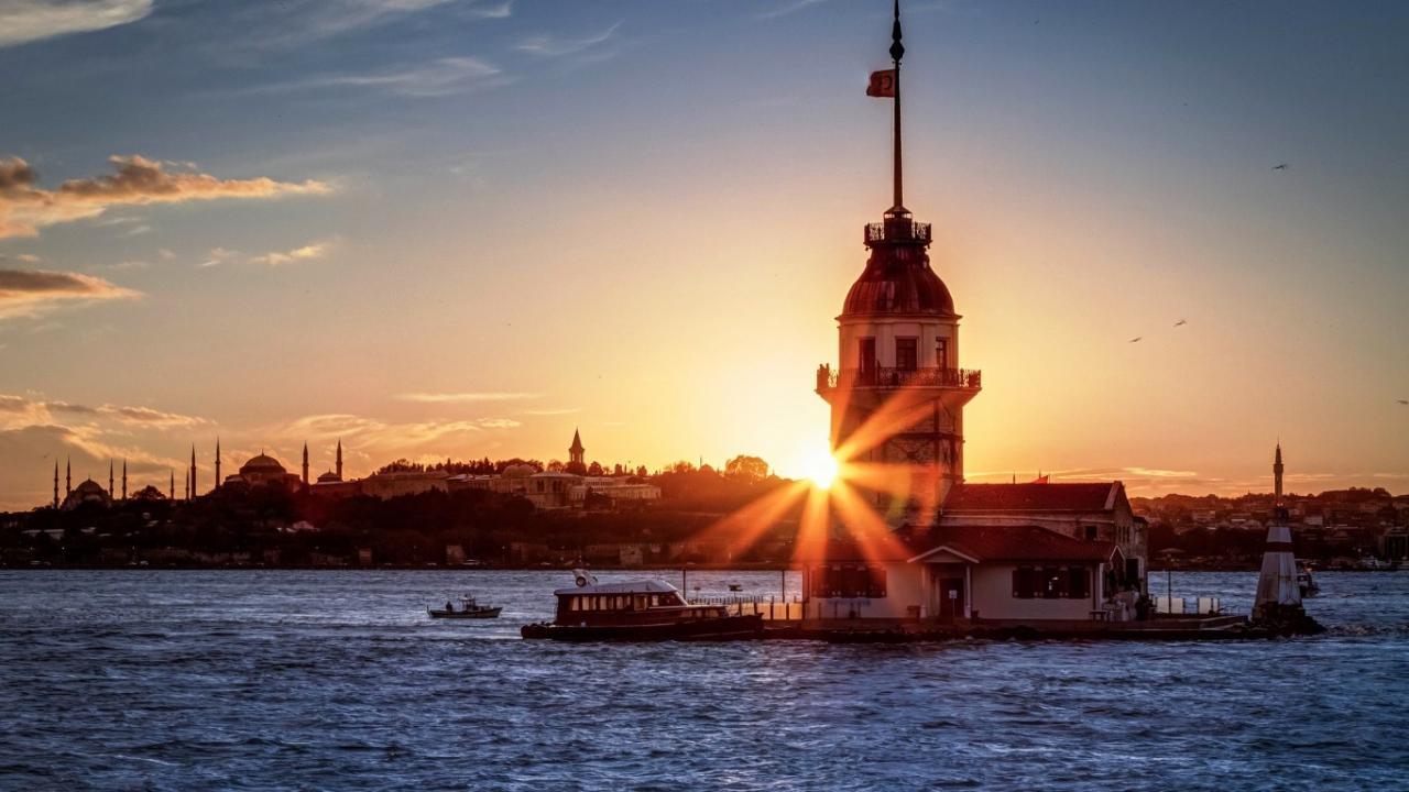 Z Istanbulu po Antályu