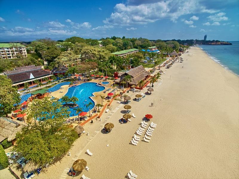Royal Decameron Golf Beach Resort & Villas
