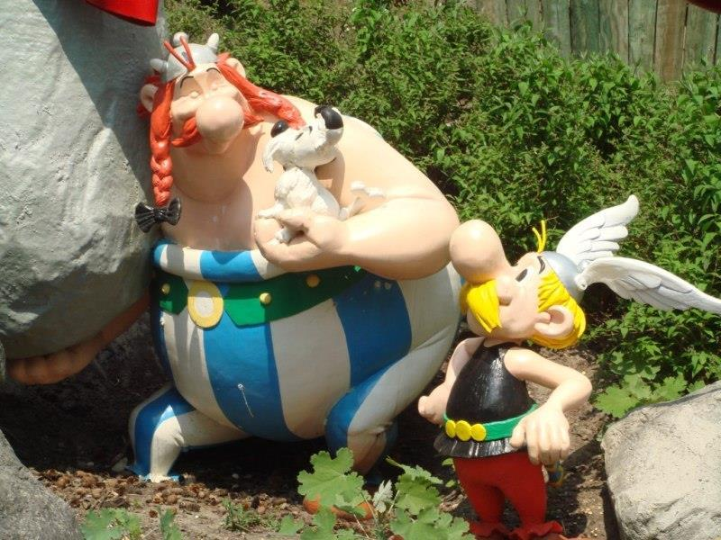 Paříž, Disneyland a Asterix Park