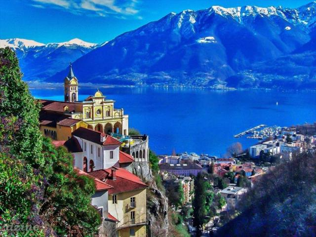 Bernina Express - od ľadovcov k palmám