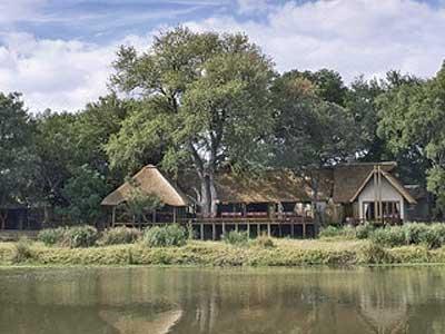 Kombinácia - Simbavati River Lodge, Timbavati Game Reserve, Pescana Bazaruto Lodge, Mosambik-Bazaruto