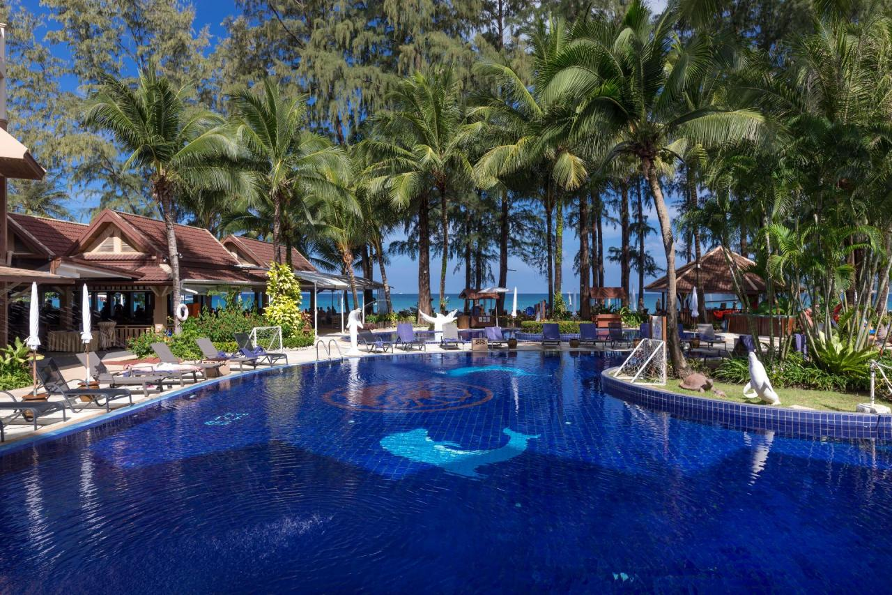 Kombinácia - Bangtao Beach Resort, Phuket, Bangkok Palace Hotel, Bangkok