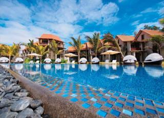 Crystals Beach Resort & Spa