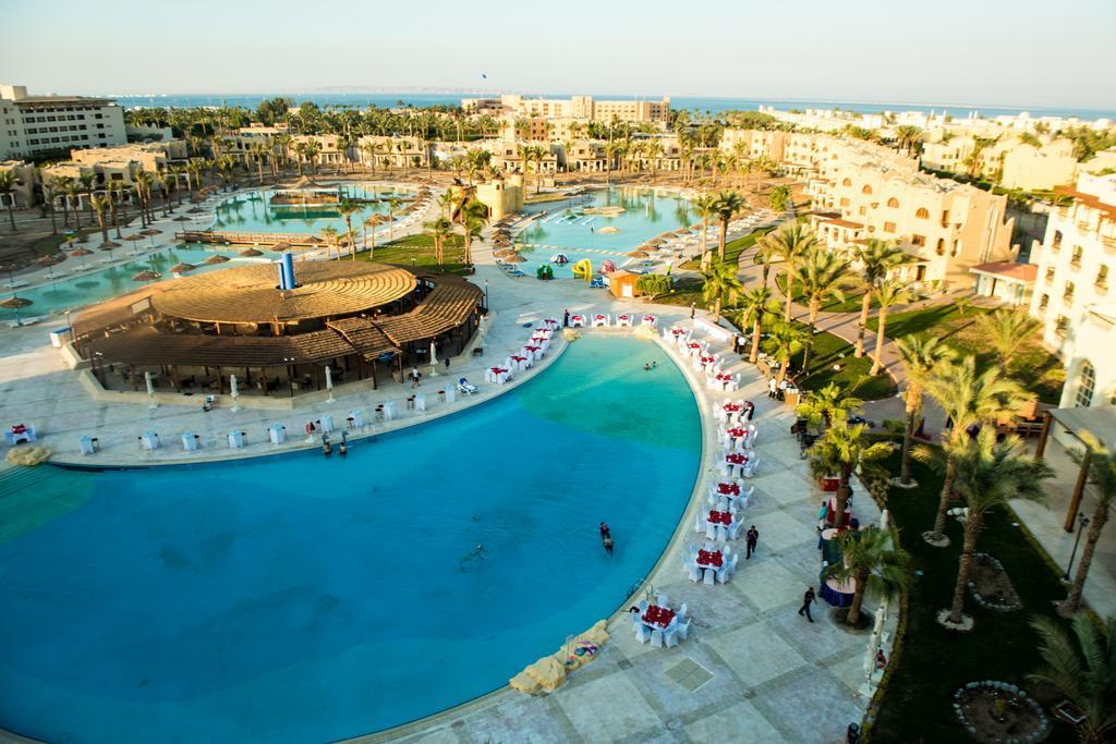 Royal Lagoon Aqua Resort & Spa