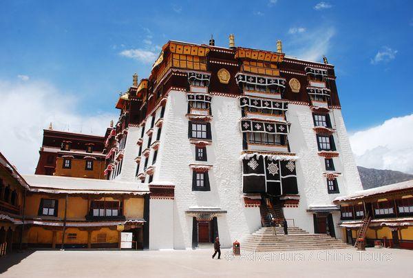 Čínou a Tibetem do Indie