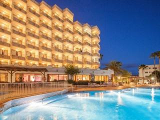 Ola Club Tomir Apartments