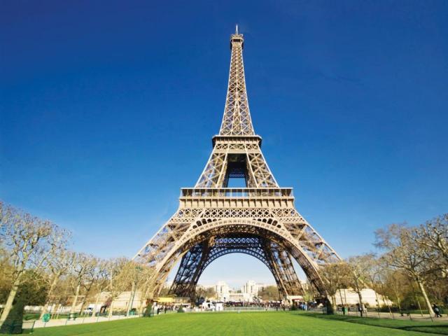 Paríž letecky