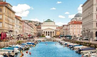 Severotalianske romantické mestá a historická regata v Benátkach