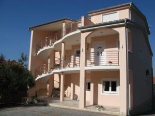Apartmány Mirno
