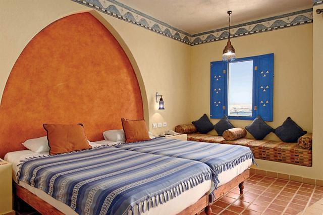 Coral Beach Marina Lodge
