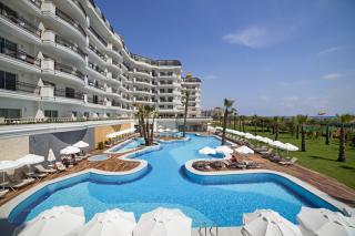 Heaven Beach Resort & Spa