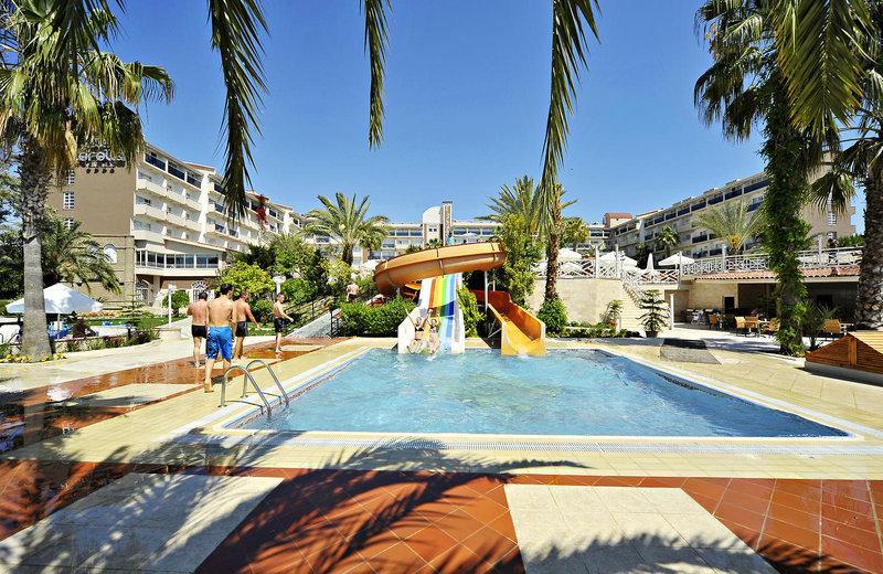 Seaden Hotel Side Corolla
