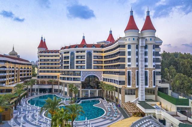 Funtazie & Active Kirman Leodykia Resort