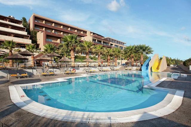 Blue Bay Resort a Spa