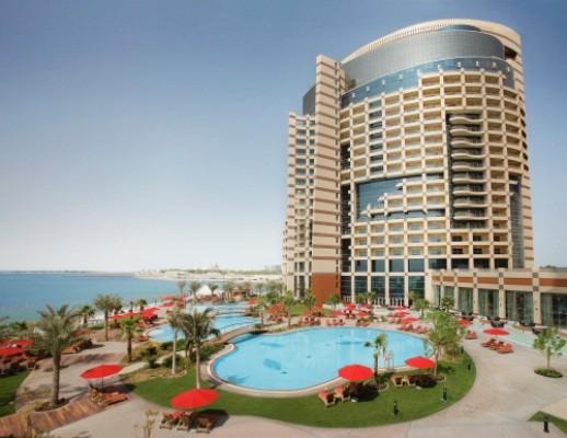 Koktejl - Dubaj (Moevenpick Bur Dubai) + Abu Dhabi (Khalidiya Palace Rayhaan)