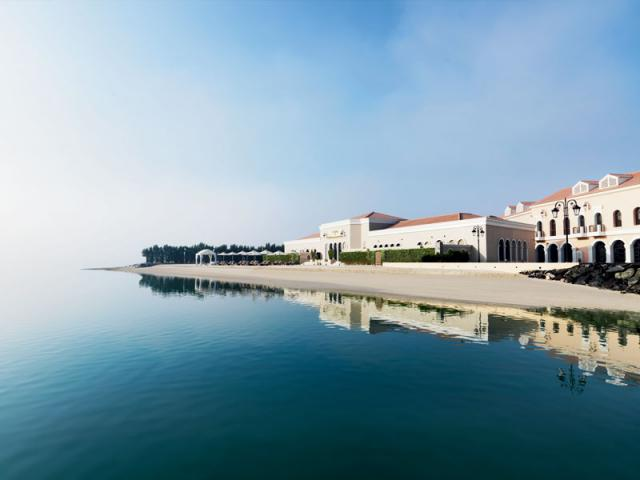 The Ritz Carlton Abu Dhabi, Grand Canal