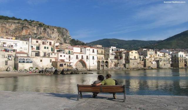 e292e2ea64 Zo špičky talianskej čižmy na Sicíliu