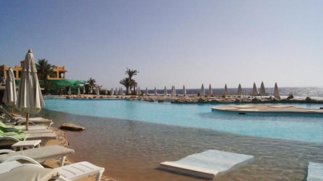 Rehana Royal Beach