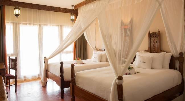 DoubleTree by Hilton Resort Zanzibar - 37 Popup navigation