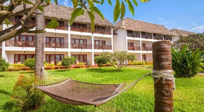 DoubleTree by Hilton Resort Zanzibar - 10 Popup navigation