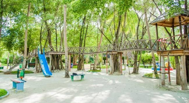 Paradise Island Resort & Spa - 7 Popup navigation