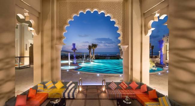Bahi Ajman Palace Hotel - 11 Popup navigation