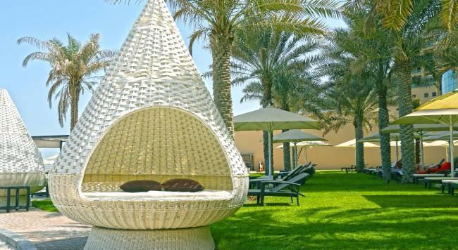 Bahi Ajman Palace Hotel - 15 Popup navigation