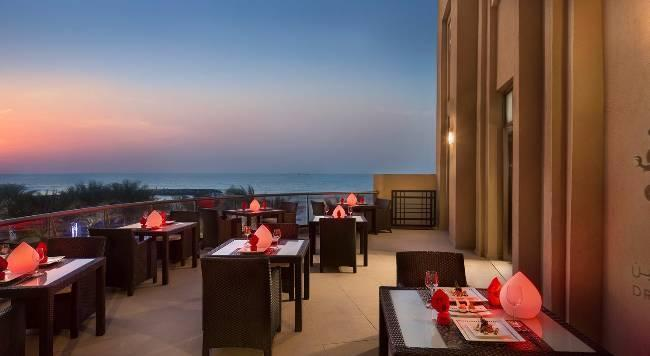 Bahi Ajman Palace Hotel - 16 Popup navigation