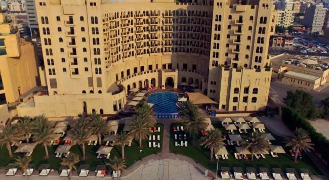 Bahi Ajman Palace Hotel - 3 Popup navigation