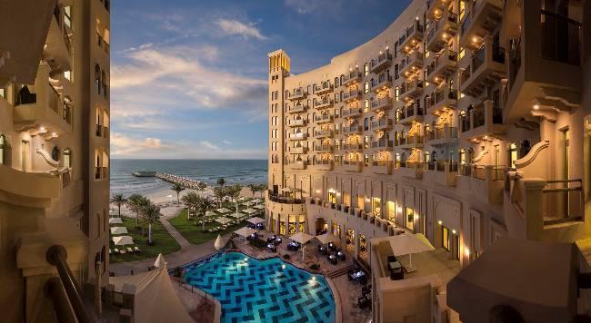 Bahi Ajman Palace Hotel - 4 Popup navigation