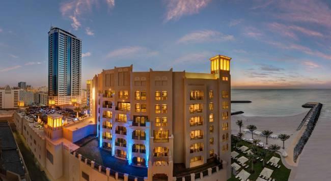 Bahi Ajman Palace Hotel - 5 Popup navigation